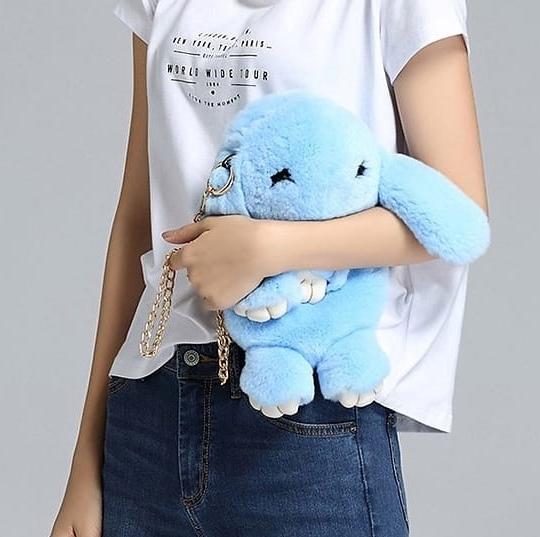Голубой вариант цвета сумки кролик